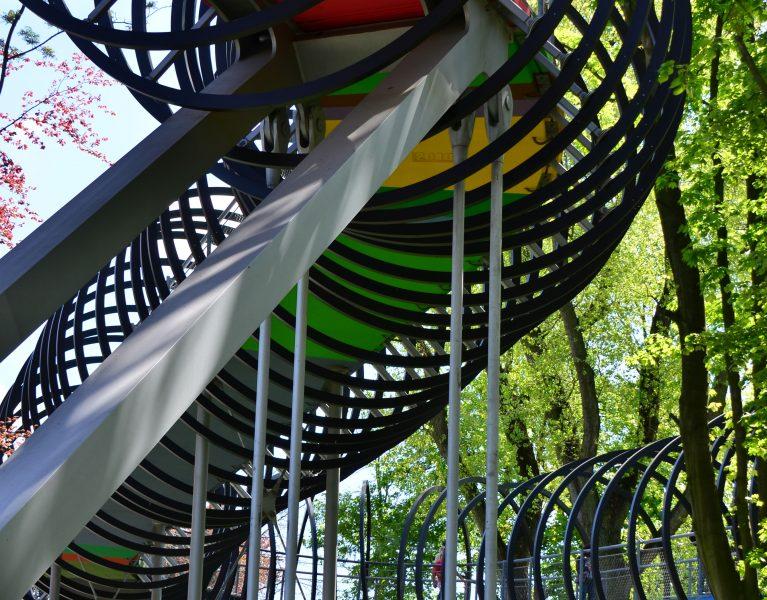 Slinky-Zaun massiv beschädigt!