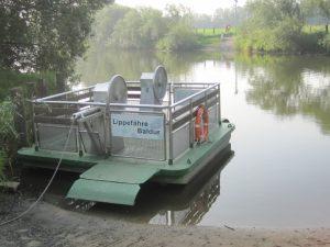 Ist der Wasserstand zu hoch, bleiben die handbetriebenen Lippefähren am Ufer