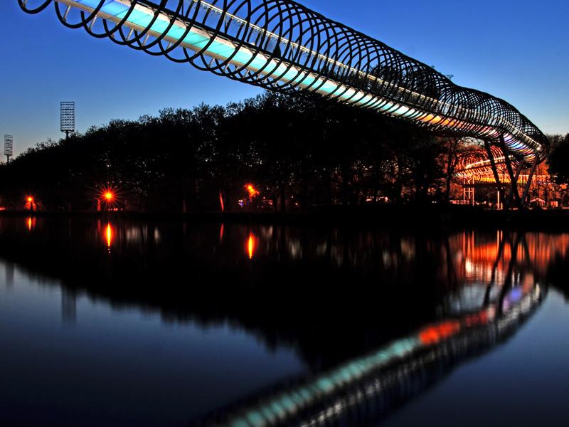 Mehr als nur eine Brücke!