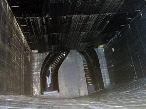 Blick knapp 50 Meter tief in den Saugraum