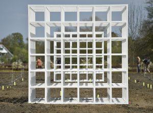 Das Grundgerüst steht bereits: Emscherkunst-Installation von Henrik Hakansson. Foto: Kirsten Neumann