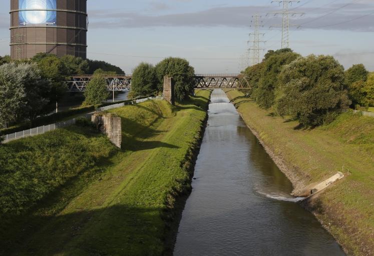 Endurance-Lauf über die Slinky-Brücke