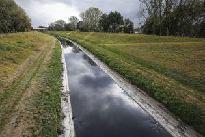 Emscher führt Niedrigwasser
