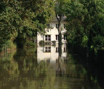 Im September 2014 stand die Hoppeistraße in Hamm unter Wasser. Foto: Ilias Abawi