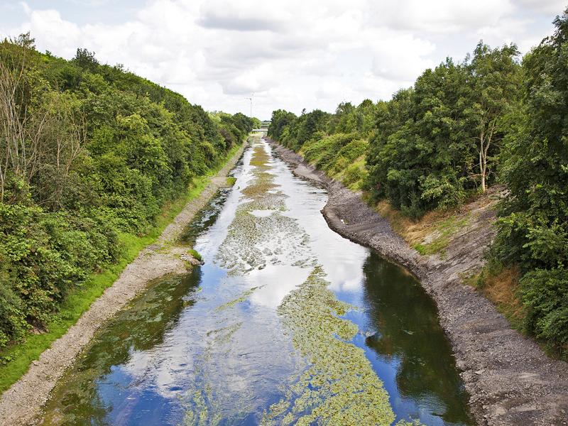 """Emscher fließt durch """"Stadt der Städte"""""""