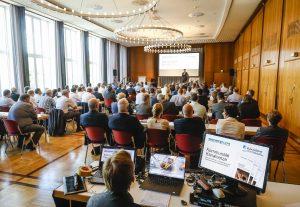 Der Zuspruch war bestens, der Saal war gefüllt. Foto: Rupert Oberhäuser