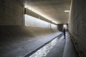 Gigantische Kanäle sind gebaut worden, um die Boye vom Schmutzwasser zu befreien. Foto: Rupert Oberhäuser