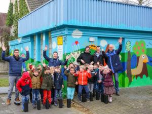 Unser Pumpwerk Am Burgring in Dortmund-Mengede ist jetzt ein echter Hingucker: Anfand des Jahres gestalteten wir es gemeinsam mit Kindern. Foto: Helge Jahn
