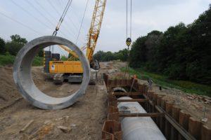 Das Ende der offenen Köttelbecke nahte, als wir mit dem Bau den unterirdischen Abwasserkanals begannen - in diesem fließt der Dreck nun. Foto: EGLV