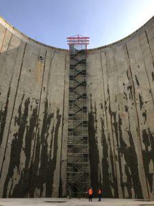 So sah die völlig nackte und leere Baugrube noch vor einem Jahr aus... Foto: Ilias Abawi/EGLV