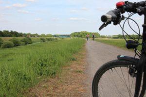 Das Fahrrad: Nicht nur ein gutes Fortbewegungsmittel, sondern auch ein passendes Requisit. Foto: Peter zur Mühlen/EGLV