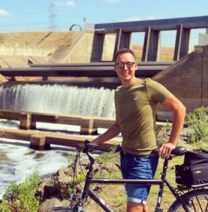 70 Kilometer durch's Ruhrgebiet - Nils Beyer an der Emschermündung in Dinslaken. Foto: privat