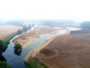 Rechts die alte Streckenführung der Lippe, links sieht man die neue Schleife. Foto: Holger Berning/EGLV