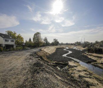 Steinmatten schützen das Flussbett vor Auswaschungen. Foto: Rupert Oberhäuser/EGLV
