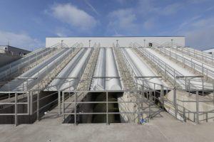 Der Umbau der Kläranlage Emscher-Mündung erforderte auch den Bau eines neuen Einlaufbauwerks: Hier wird das Abwasser aus dem AKE künftig in die Anlage gehoben. Alle Fotos: Rupert Oberhäuser/EGLV