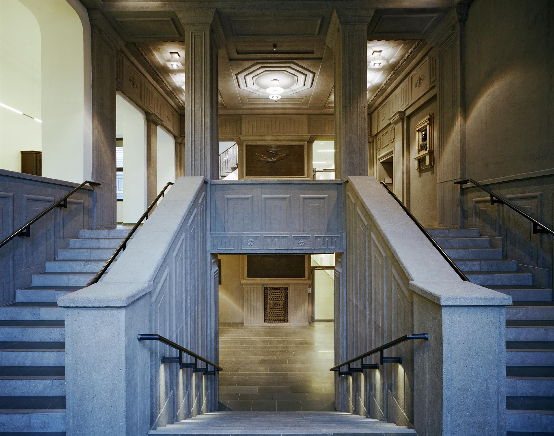 Treppenhaus nach der Restaurierung. Foto: Klaus Baumers/EGLV