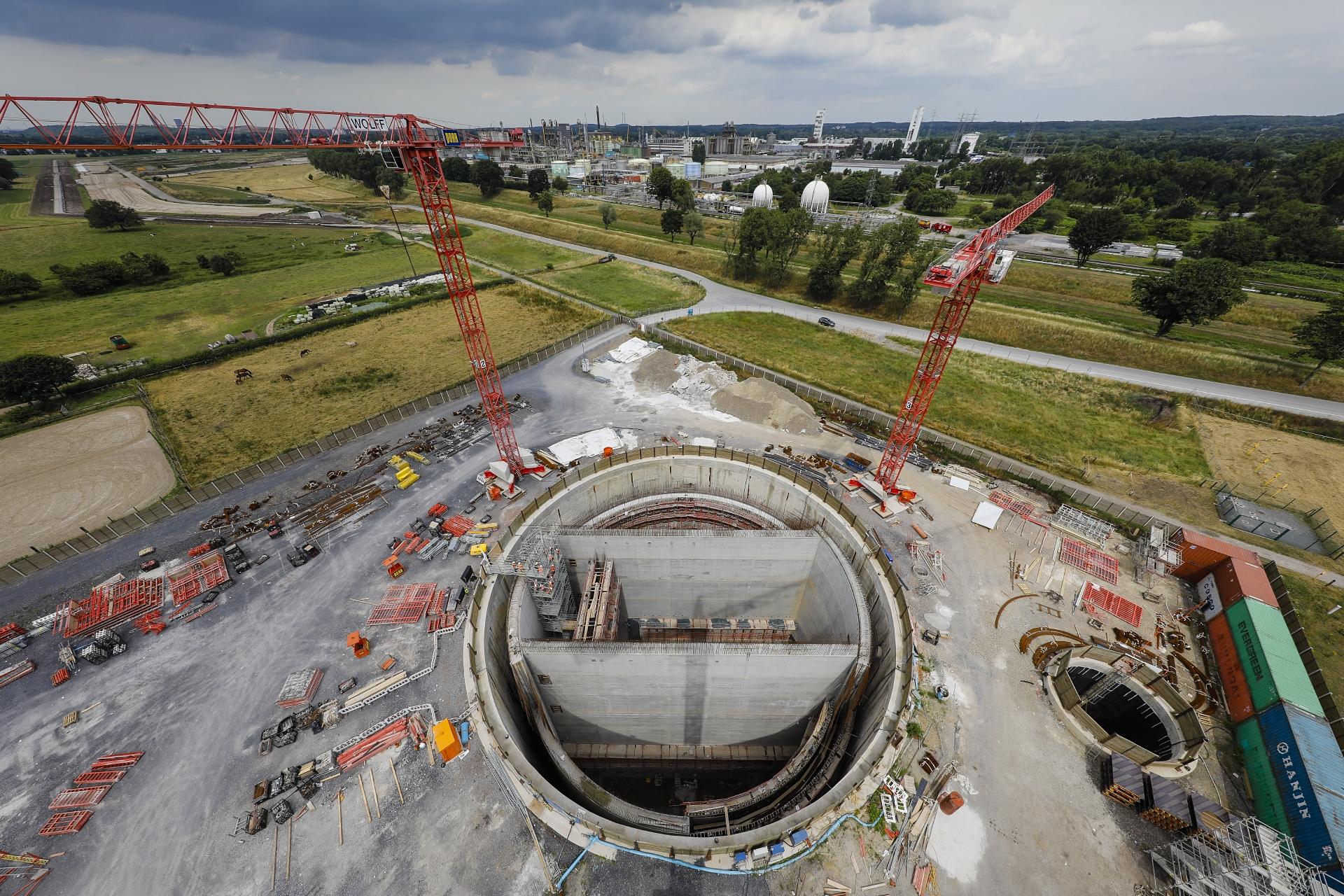 Unser AKE-Pumpwerk in Oberhausen ist noch im Bau ...